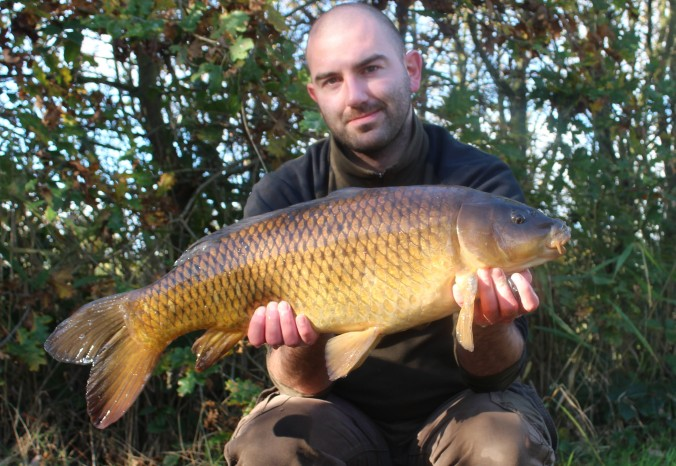 Mike Linstead with a 15lb 8oz North Lincolnshire Common Carp