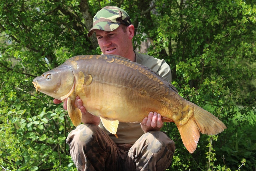 Matt Linstead with a La Fonte Mirror Carp