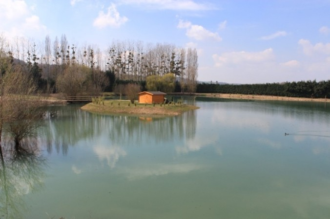 Deux Iles Carp Lake, France